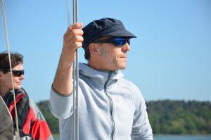 <span class='p-name'>Pierre et son école de croisière Bretagne Sailing Experience</span>